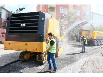 Eyüp Belediyesi Fen İşleri Müdürlüğü Ekipleri, Hummalı Çalışmalarını Sürdürüyor