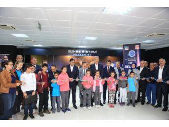 Uzay Teknoloji Merkezi Açıldı