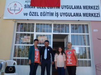 Özel Eğitim İş Merkezi, Kapılarını Tema Vakfı'na Açtı