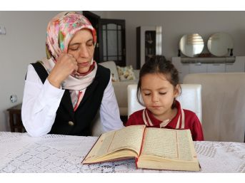 (özel Haber) 4 Yaşında Kuran-ı Kerim'i Hatim Etti
