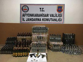 Alkollü Eğlence Merkezinde Bin Şişeden Fazla Kaçak İçki Yakalandı