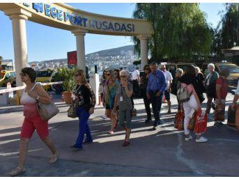 Abd'li Turistler, Pasaport Yerine 'landing Kart'la Türkiye'ye Giriş Yaptı
