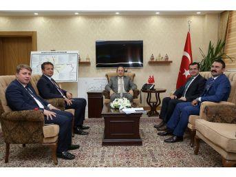 Vali Pehlivan, Trabzon İle Gümüşhane'den Ziyaretçilerini Ağırladı