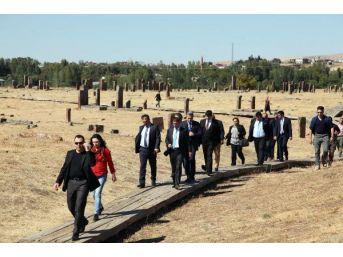 Ahlat, Unesco'ya Hazırlanıyor