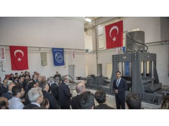 Anadolu Üniversitesi Sismik İzolatörü Test Merkezi'nin Tanıtımı Yapıldı
