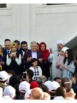 Başbakan Yıldırım, Pendik'te Amine Hatun Camii'nin Açılışını Yaptı