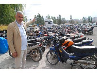 Yediemin Depoları Motosikletle Doldu