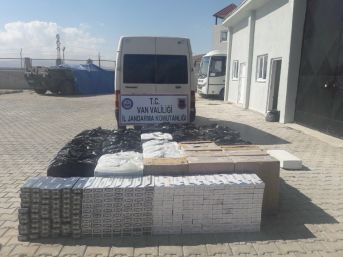 Muradiye'de 33 Bin 640 Paket Kaçak Sigara Ele Geçirildi