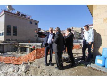 Vali Pehlivan Ve Başkan Memiş Kent Meydanı Ve Kapalı Otopark Projesini İnceledi