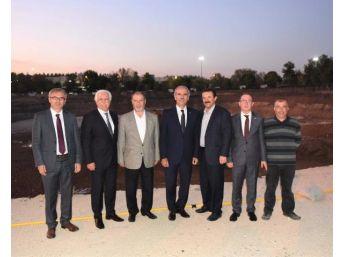 Uludağ Üniversitesi'Ne 4 Minareli, 20 Bin Kişilik Cami