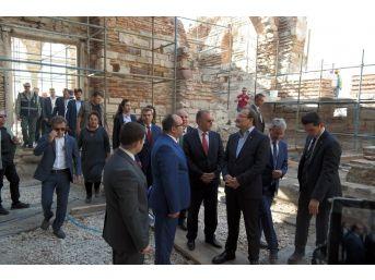 Başbakan Yardımcısı Çavuşoğlu, Enez Kalesi'ni İnceledi
