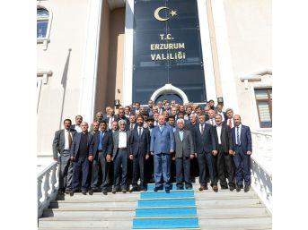 """Vali Azizoğlu; """"muhtarlar Demokrasinin Temelidir"""""""