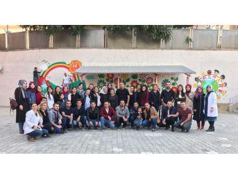 Okul Duvarları Çizgi Film Karakterleriyle Süslendi