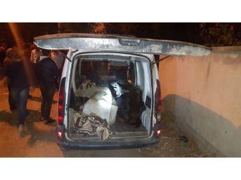 Jandarmanın Şüphesi Hırsızları Ve Uyuşturucu Tacirini Yakalattı