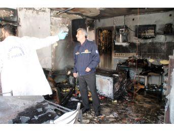 Marmaris'te Kafe Yangını, 2 Yaralı