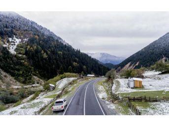 Ovit Dağı Beyaza Büründü, Kartpostallık Görüntü Oluştu