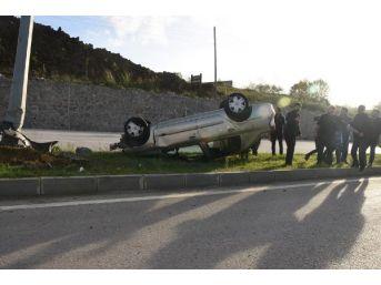 Sinop'ta Otomobil Takla Attı: 1 Yaralı