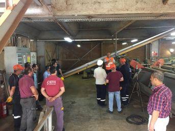 Oftso Tarafından Makine Bakımcı Mesleki Yeterlilik Belgeleri Adaylara Teslim Edildi