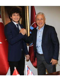 Trabzonspor, Genç Oyuncu Cafer Tosun'Un Sözleşmesi 2020 Yılına Kadar Uzattı