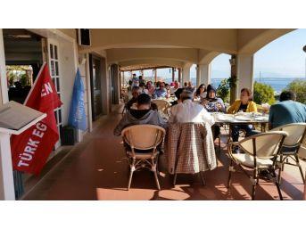 Türk Eğitim Sen Didim Üyeleri Kahvaltıda Buluştu