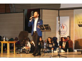 """Erzincan'da """"istiklal Kahramanları, Tarihin Dilinden Müziğin Teline"""" Adlı Program Düzenledi"""