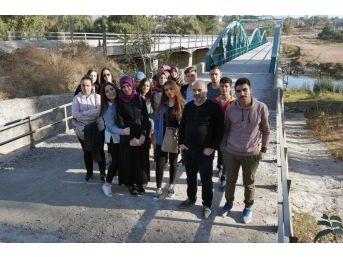 Sosyoloji Öğrencilerinden Antropoloji Gezisi