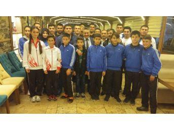 Başkan Tutal, Başarılı Sporcuları Ağırladı