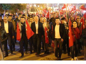 Başkan Görmez, Gençlerle Birlikte Yürüdü
