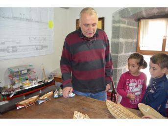 Hobi Olarak Başladı, Şimdi Hem Ticaretini Hem De Eğitimciliğini Yapıyor