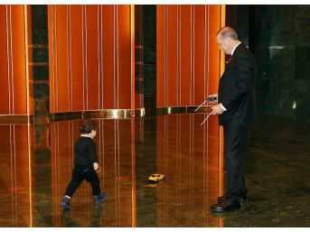 Cumhurbaşkanı Erdoğan, Torunuyla Fotoğrafını Paylaştı