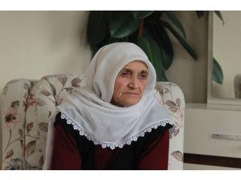 89 Yaşındaki Alzheimer Hastası Kadının Atatürk Sevgisi
