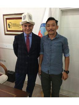 Kırgız Asıllı Gaziden Kaymakam Özkan'a Ziyaret