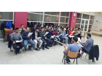 İzmit Belediyesi Müzik Koroları Çalışmalarına Devam Ediyor