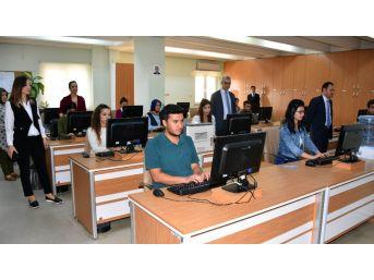 Adana Adliyesi Sınav Merkezi Oldu, 4 Bin 200 Kişi Uygulama Yaptı
