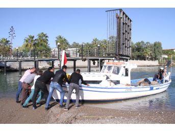 Belekli Balıkçılar 15 Gündür Denize Açılamıyor