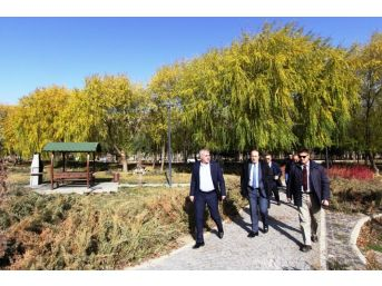 Başkan Memiş Doğal Taş Fabrikası Ekibini Ağırladı