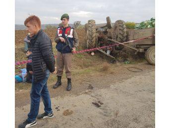 Takla Atan Traktörün Altında Kalan Tarım İşçisi Hayatını Kaybetti