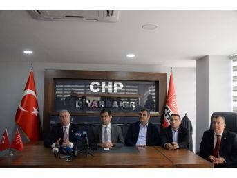 Chp'li Doktor Vekiller Sağlık Çalıştayı İçin Diyarbakır'da