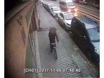Bisikletli Tacizci Yakalandı