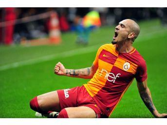 Galatasaray'da Sarı Kart Alarmı
