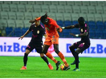 Süper Lig: Medipol Başakşehir: 5 - Galatasaray: 1 (maç Sonucu)
