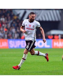 Tosic, Malatyaspor Deplasmanında Cezalı Duruma Düştü