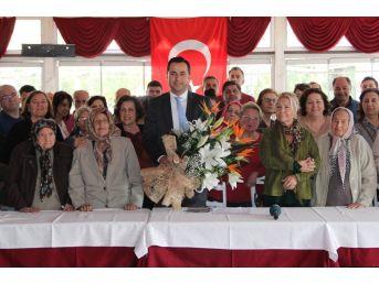"""İzmir'in Annelerinden """"izmir Körfez Geçişini Hayattayken Görmek İstiyoruz"""" Mesajı"""
