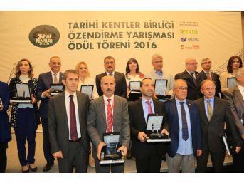 Tarihi Kentler Birliğinden Yeşilyurt Belediyesine Başarı Ödülü