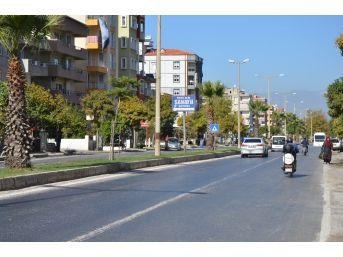 Milas'ta Vatandaşlar Üst Geçit İstiyor