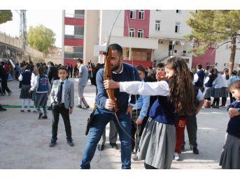Gürün'de Okullarda Spor Etkinlikleri Yapıldı