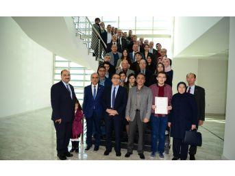 Yök'ten Uşak Üniversitesi'ne 1. Sıradan Yerleşen Öğrencilere Başarı Belgesi