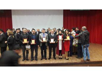 Alaplı Anadolu İmam Hatip Lisesi Ödülünü Amasya'da Aldı