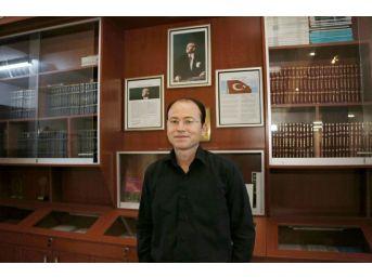 Aü'ye 'üstün Başarılı Genç Bilim İnsanı Ödülü'