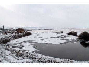 Kura Nehri Dondu